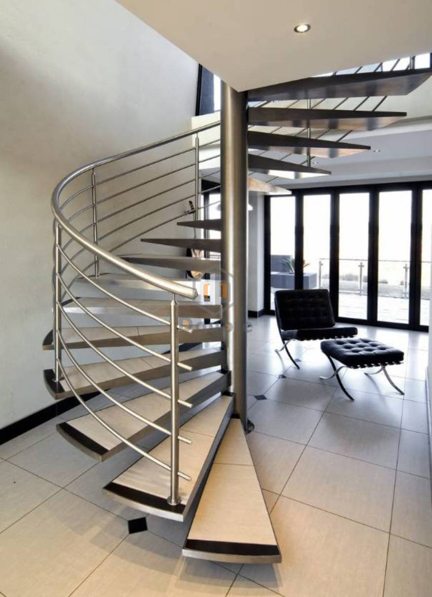 Conveniences of Stainless Steel Handrails and Balustrades