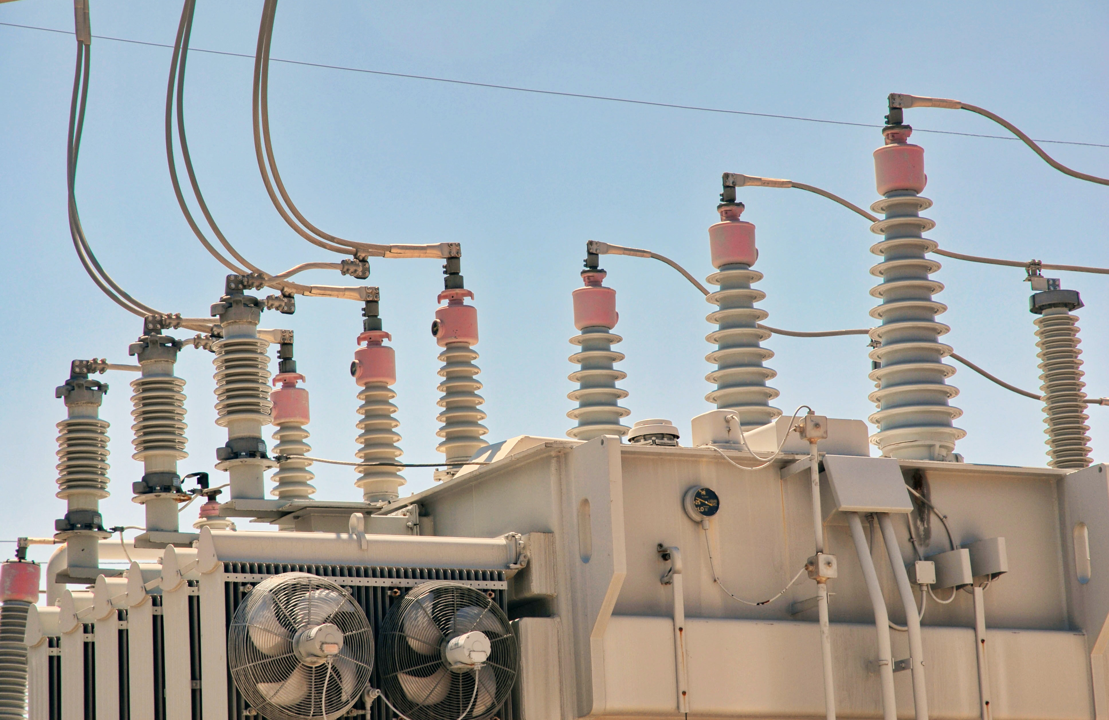 Transformer Types Based On Voltage Level, Core Material, Winding Arrangement, Usage